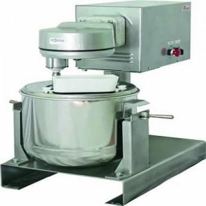 Кухонная машина универсальная УКМ-14 Кремовзбивалка МВ-25